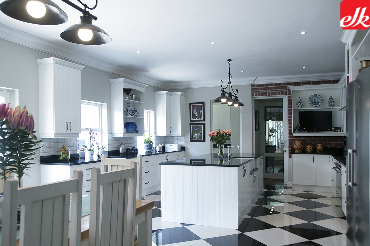 1410304 - Easylife Kitchens