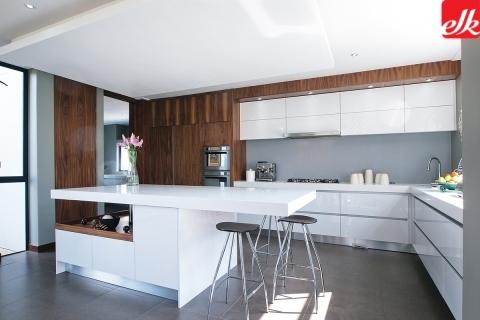 Kitchens built i cupboards bathroom vanities bars tv for Kitchen cupboards randburg